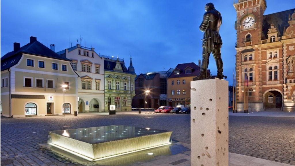 Rekonstrukce náměstí T.G.M. Frýdlant v Čechách 2011