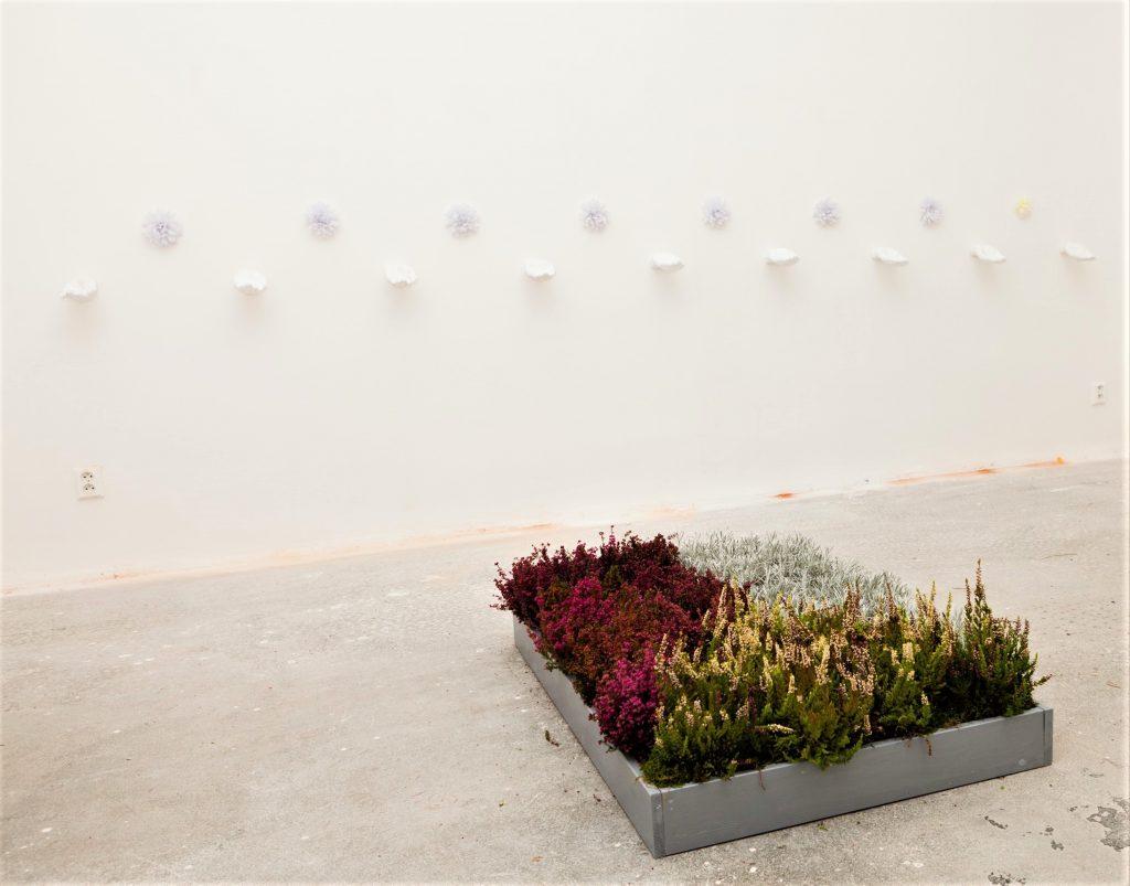 Matouš Karel Zavadil, Zahrádka jako malovaná, Vlajka, Galerie Armaturka, Ústí na Labem,2012
