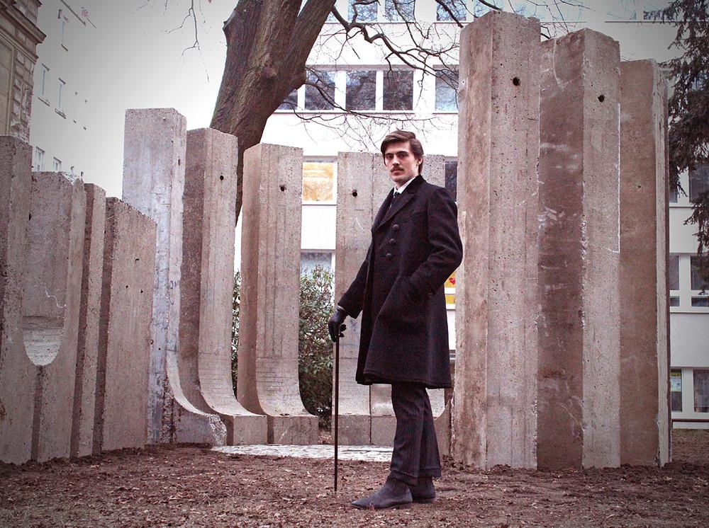 Z odhalení památníku Adolfa Loose